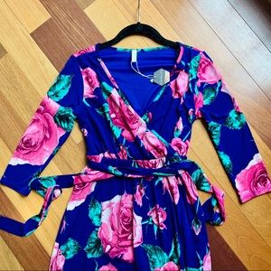 NWT Pinkblush Bright Floral Maxidress, size small